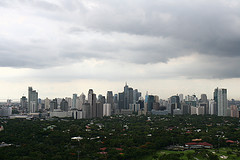 Makati CBD Skyline, Author mjisha, source https://www.flickr.com/photos/mjlsha/3549512394, CC BY 2.0